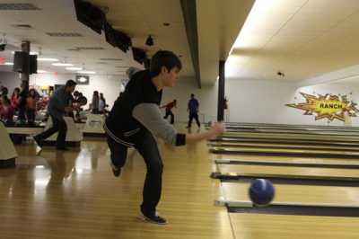 Boys junior varisty bowling team places first at tournament while others place third