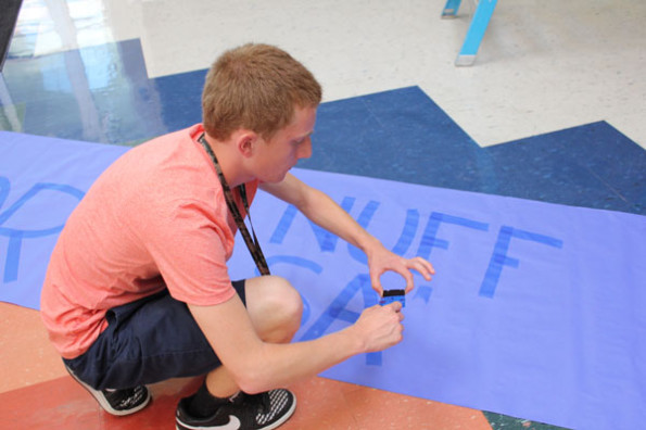 StuCo members share opinions on worth of Homecoming week decorations