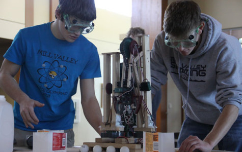 Science Olympiad team places sixth at tournament
