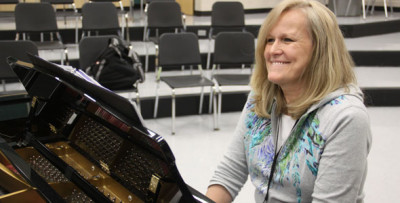 Choir hires temporary accompanist