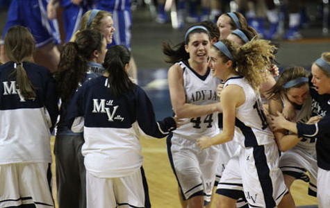Girls basketball advances to state title game