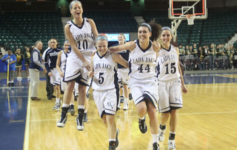 Girls advance to state semi-final