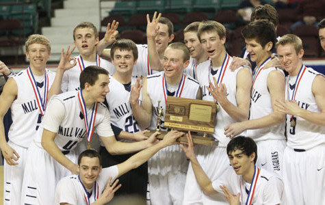 Boys basketball team takes third at state
