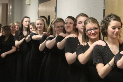 Choir puts on contest-themed concert