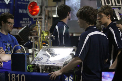 Robotics team heads to regionals