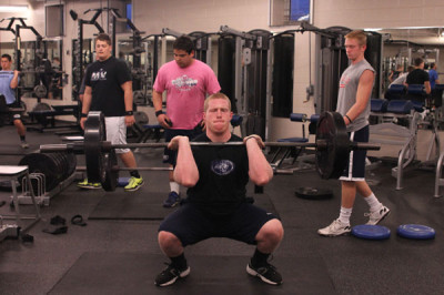Power lifting becomes a popular sport