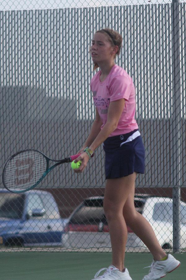 Mill Valley News : Girls tennis team wins dual against ... Emma Wetzel
