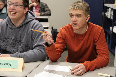 Quiz Bowl wins regional competition, qualifies for state