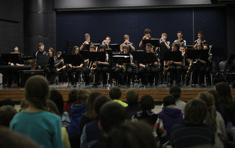 Jazz Band teaches elementary students through performance