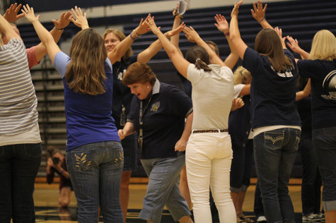 Photo gallery: Pep assembly Aug. 22