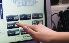 Students evaluate personal knowledge of credit, debit cards