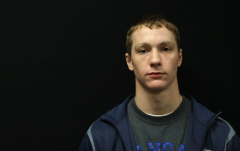 Junior wrestler prepares for the season after recovering from pneumonia