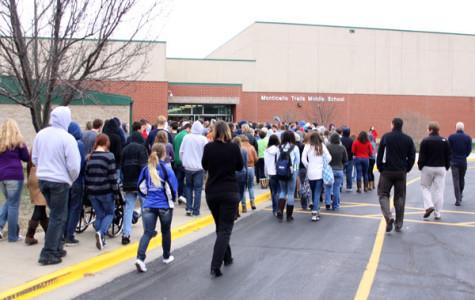 School evacuates due to smoke scare