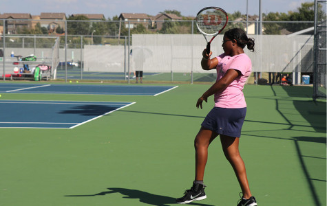 Girls varsity tennis team loses match to Free State