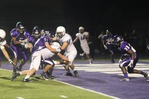 Jaguars beat the Piper High School Pirates, 21-14