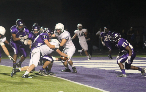 The Jaguars continue their winning streak, beating the Piper Pirates 21-14 on Friday, Oct. 11.