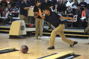Bowling team fails to qualify for state at regionals
