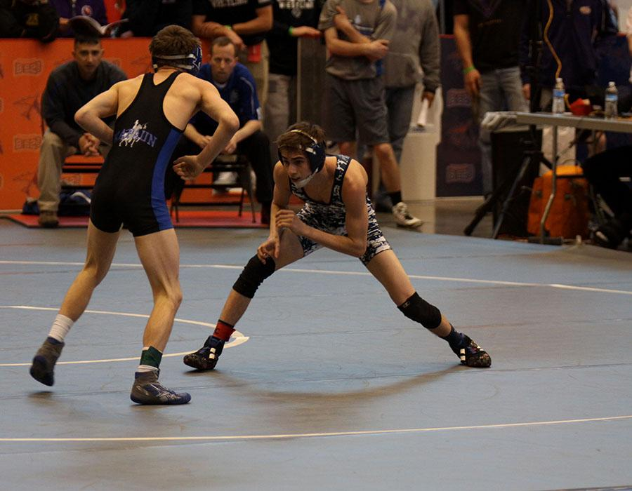Senior+Landon+Scott+wrestles+in+semifinals+at+Hartman+Arena+on+Friday%2C+Feb.+28.+
