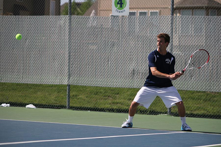 Tennis+team+places+second+at+regionals+for+the+second+year+in+a+row