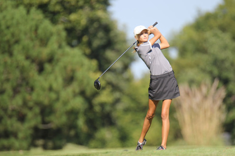 Girls Golf team dominates the Carol Gillard Invitational on Wednesday, Oct. 1