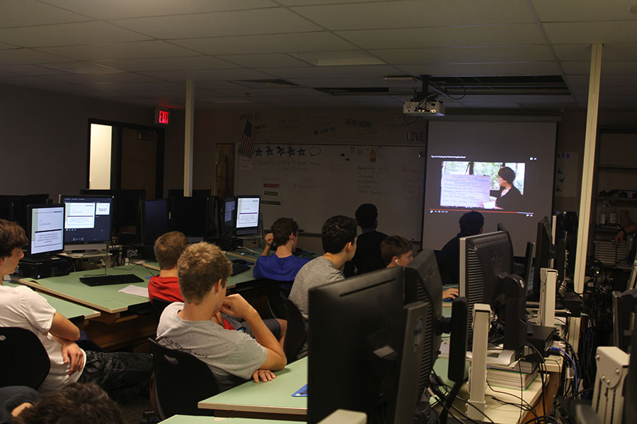 Helga Brown's Architecture class watches a video over a new concept on Wednesday, Sept. 14.
