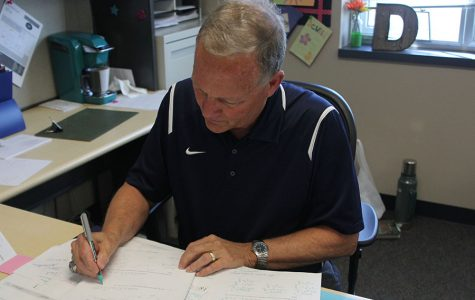Retired math teacher returns to Mill Valley as a substitute teacher