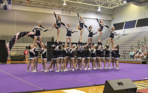 Cheer receives one rating at Best of Midwest cheer festival