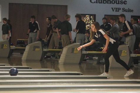 Bowling team places first at meet