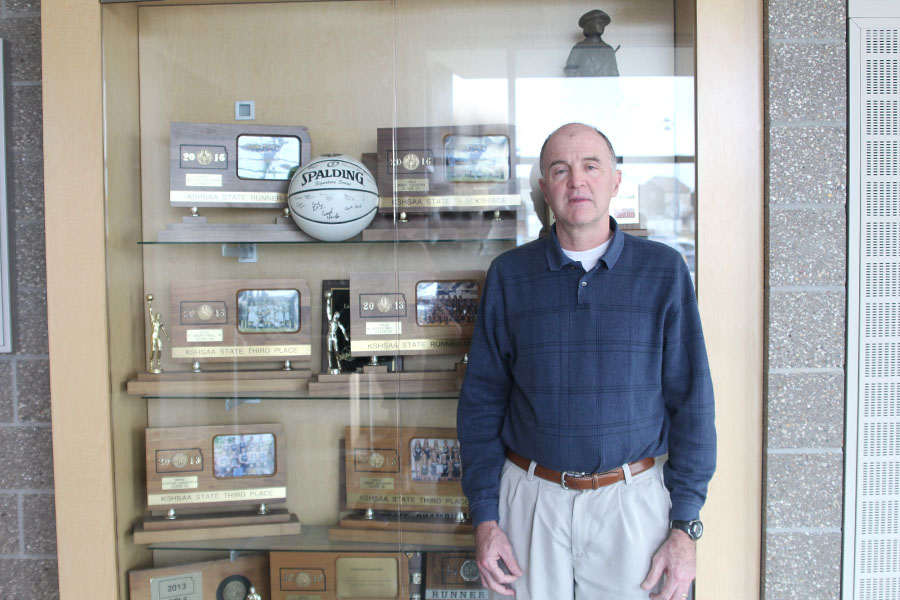 Head cross country coach Mark Chipman decides to retire after leading the cross country team to statewide success and teaching in the district for 35 years.
