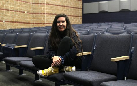 Junior Lauryn Hurley expresses her creativity through participation in theater