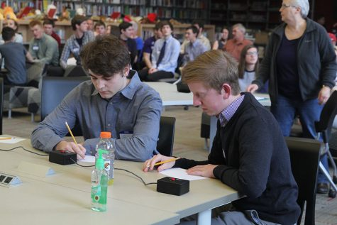 Quiz bowl takes fourth place at state