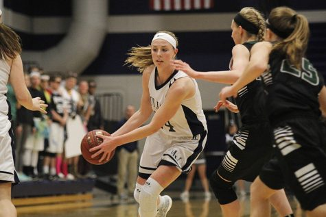 Girls basketball defeats BVSW in first round of substate