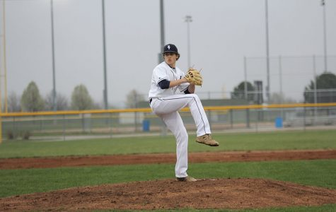 Baseball defeats Gardner-Edgerton in first game of the season
