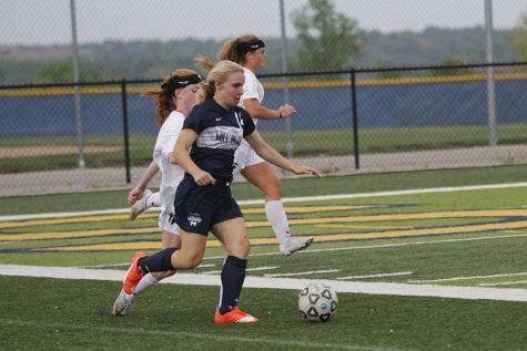 Girls soccer defeats St. Thomas Aquinas 1-0