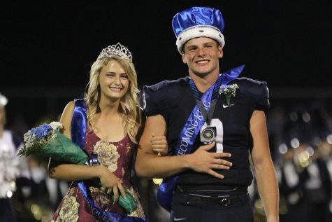 Homecoming king and queen announced at football game