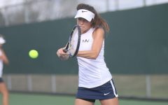 Girls tennis competes in 5A tennis regionals tournament