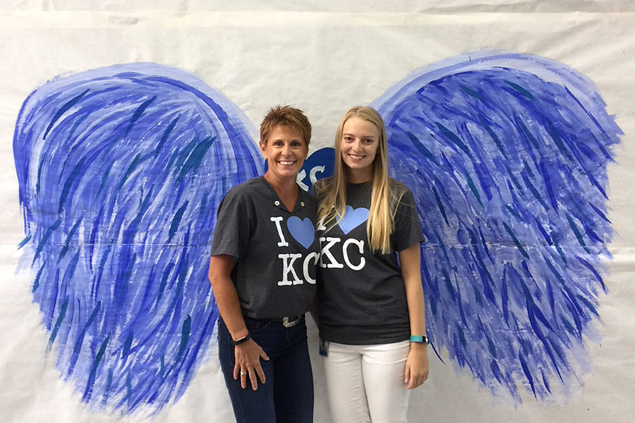Business teacher Dianna Heffernon-Meyers and math teacher Sarah-Margaret Heffernon pose for a picture during Homecoming week.