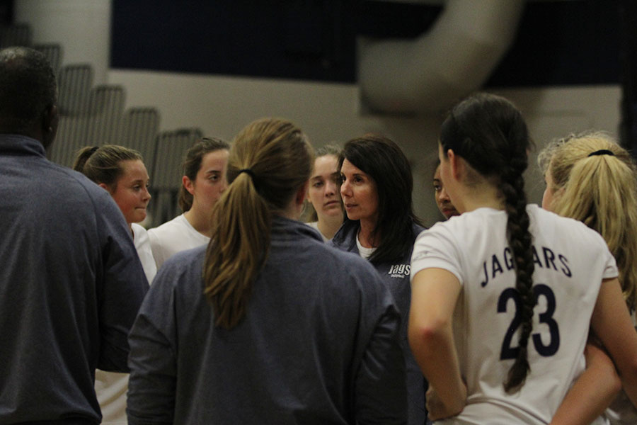 During+a+timeout%2C+head+coach+Debbie+Fay+talks+to+the+players+during+their+game+on+Wednesday%2C+Oct.+18+against+Gardner.+The+Jaguars+won+two+out+of+three+matches%2C+26-24+and+25-20.