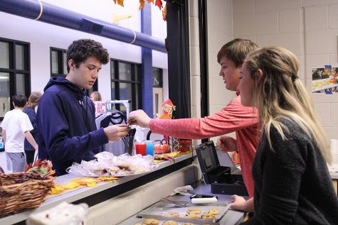 Catty Shack holds grand opening for the school year