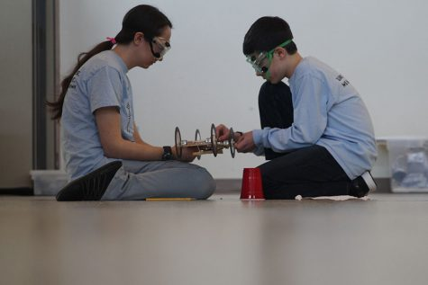 Science Olympiad places sixth at recent tournament