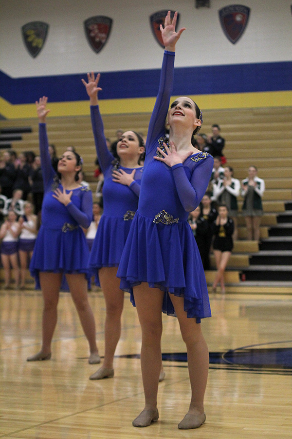 Reaching+up%2C+freshman+Lauren+Acree+finished+the+jazz+routine.+This+routine+received+a+choreography+award+at+Miss+Kansas+on+Saturday%2C+Jan.+13.