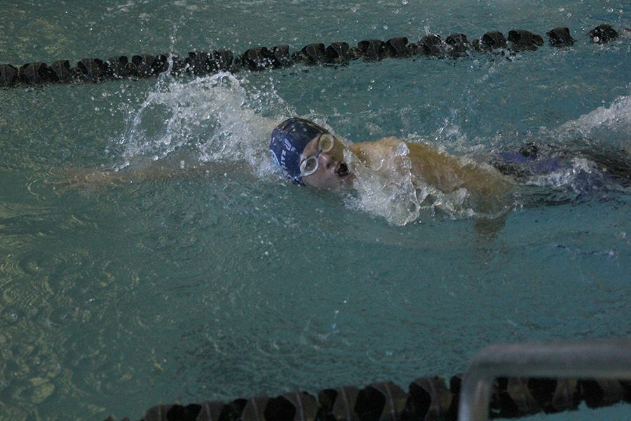 Swimming+in+the+200+yard+freestyle%2C+freshman+Noah+Collins+returns+to+the+blocks+after+finishing+a+lap+at+the+Turner+Invitational+on+Monday%2C+Jan.+8.