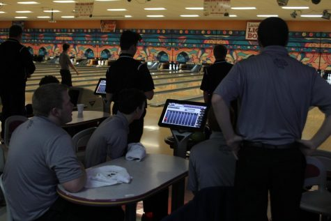 Bowling takes second at Crown Lanes meet