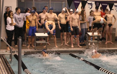 Boys swim ties for seventh place at the Eastern Kansas League meet