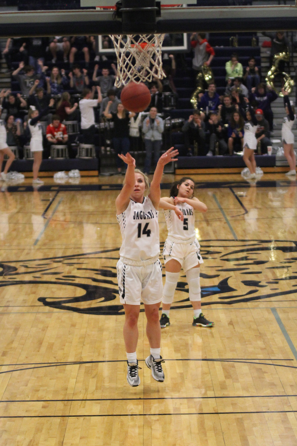 After+being+fouled%2C+senior+Adde+Hinkle+takes+two+free+throw+shots.+