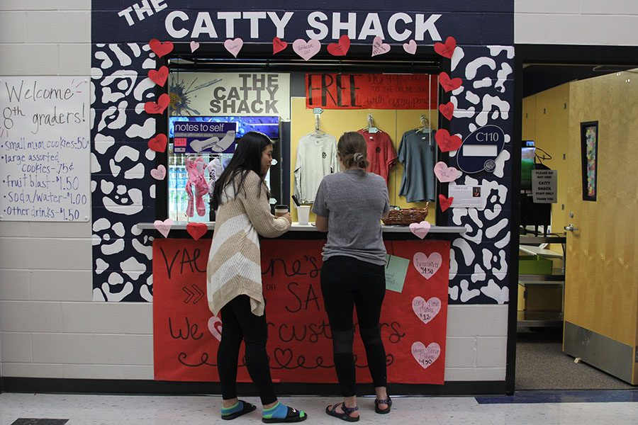 Students+wait+as+they+purchase+Catty+Grams+in+front+of+the+well+decorated+Catty+Shack+on+Tuesday%2C+Feb.+13.