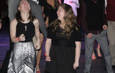 Students attend first semi-formal winter homecoming dance since 2012