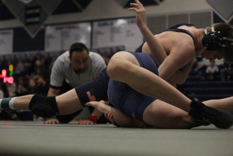 Jaguar wrestlers tie for second at EKL tournament