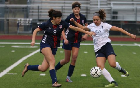 Girls soccer defeats Olathe North 4-0 at home