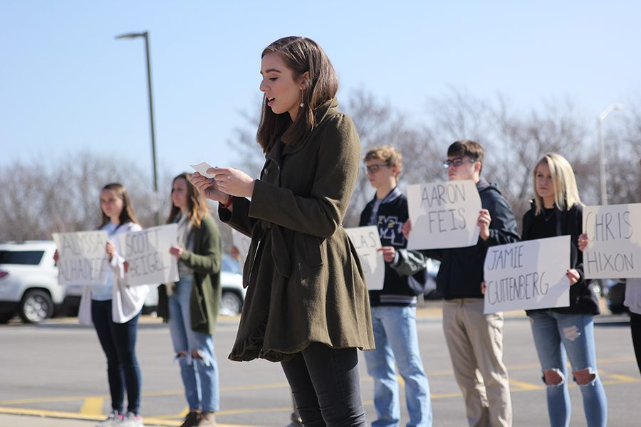 After remembering the victims of the Parkland school shooting, walkout organizer senior Claire Boone gives a speech.